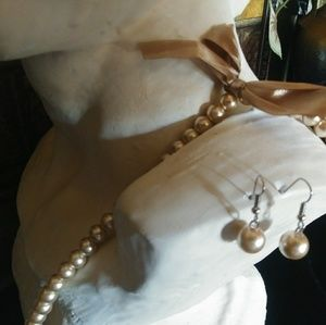 Jewelry - Pearl Pearl Pearls